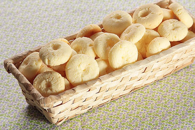 Rosquinhas de Maisena é Deliciosas, Gostaria de aprender esta receita simples e fáceis. E ideal o cafezinho do final de tarde