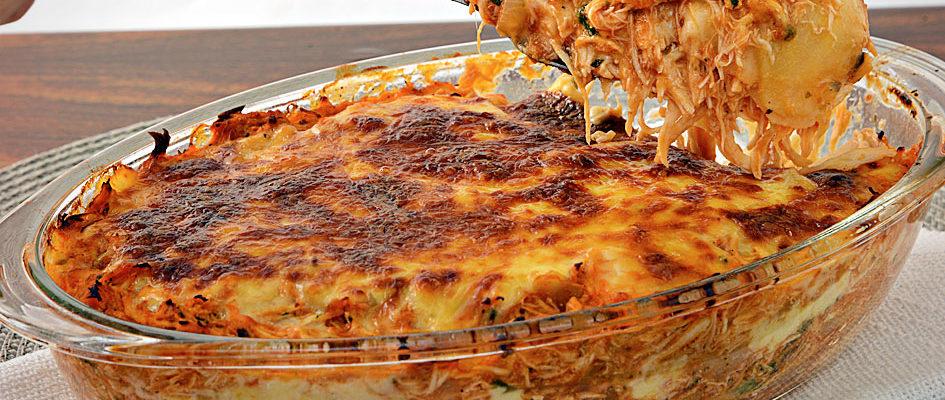 Lasanha de frango com queijo não perca mais tempo e acompanhe o modo de preparo, que alias é bem fácil, e desejamos sucesso